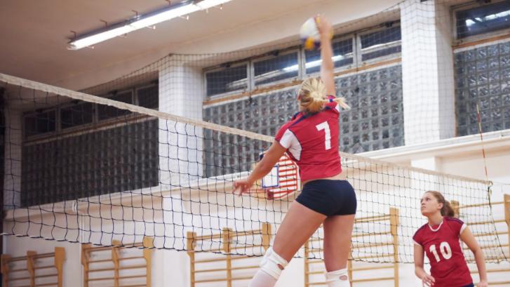 Dor cervical em jogador profissional de voleibol: manejo e terapia com baiobit
